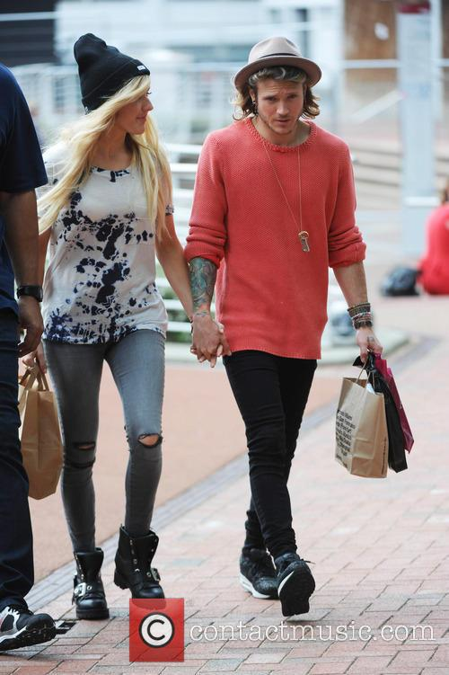 Ellie Goulding and Dougie Poynter 3