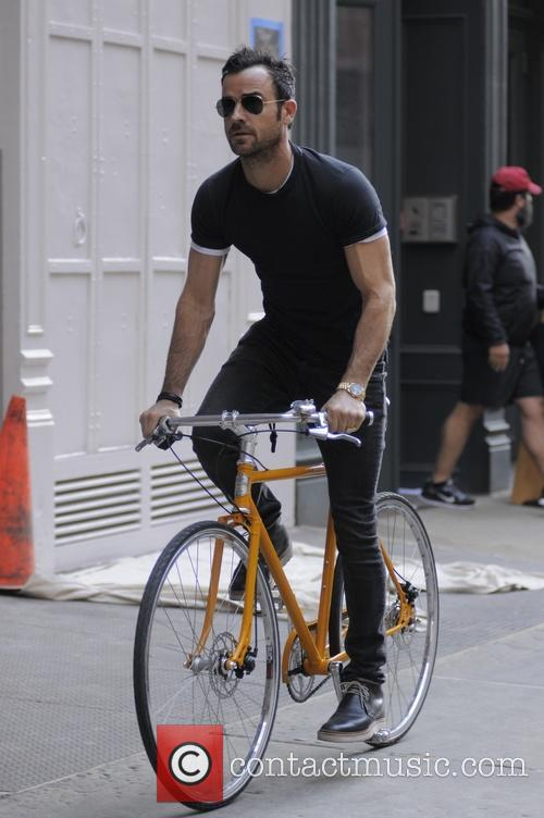 Justin Theroux 24
