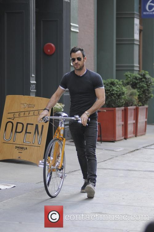 Justin Theroux 40