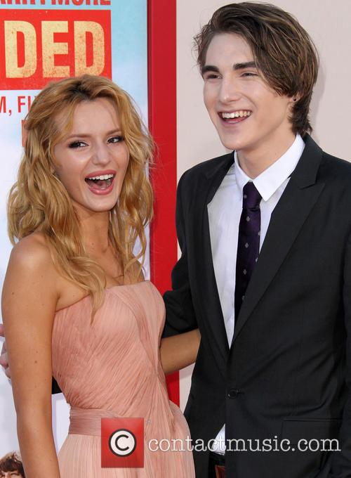 Bella Thorne and Zak Henri 7