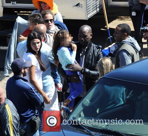 Vin Diesel, Tyrese Gibson, Ludacris, Paloma Jimenez, Hania and Vincent 4