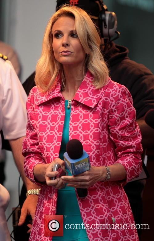 Elisabeth Hasselbeck and Sara Evans appear on 'Fox...