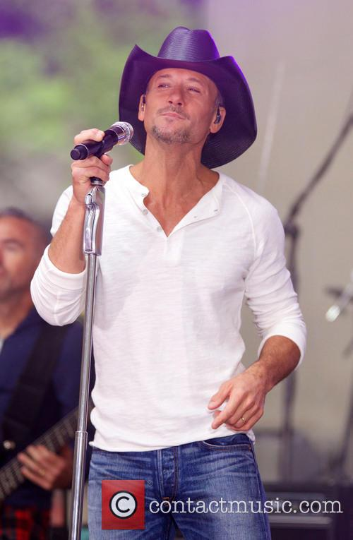 Tim McGraw 32