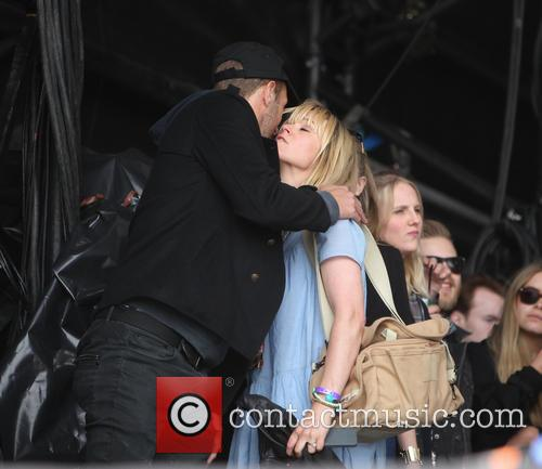 Chris Martin and Edith Bowman 8