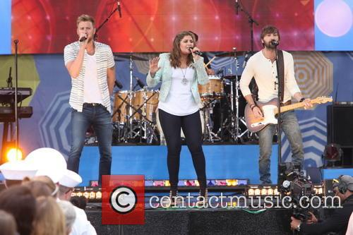 Lady Antebellum, L to R, Charles Kelley, Hillary Scott and Dave Haywood 8
