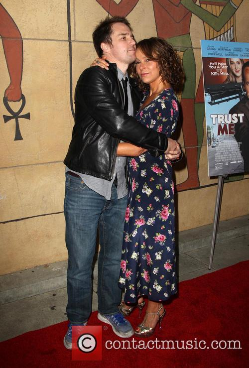 Sam Rockwell and Jennifer Grey 11