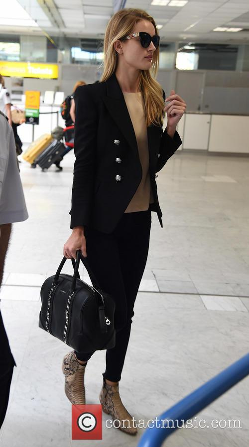 Rosie Huntington-Whiteley arrives at Nice airport