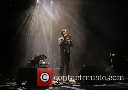 Paolo Nutini performs live