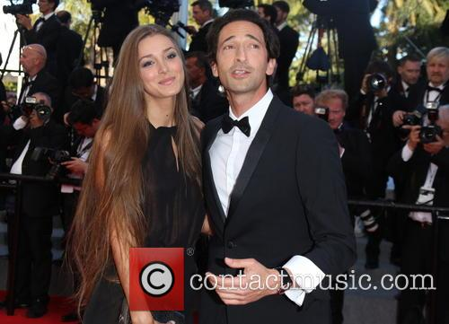 Adrien Brody and His Girlfriend Lara Lieto 4