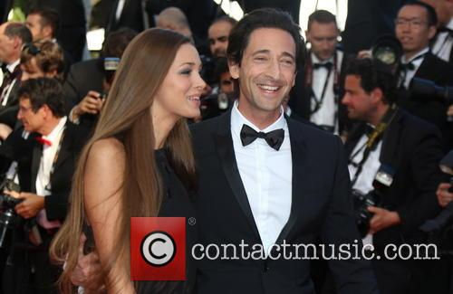 Adrien Brody and His Girlfriend Lara Lieto 5