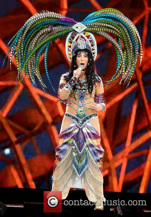 Cher 8