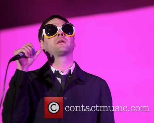 Tom Meighan and Kasabian 10