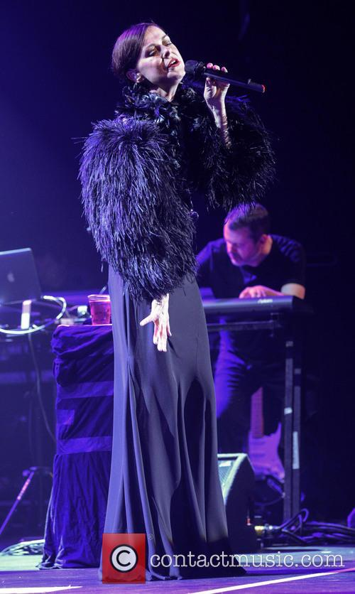 Lisa Stansfield performs live