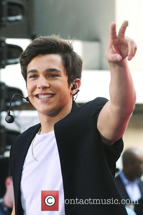 Austin Mahone performing on the 'Today' show