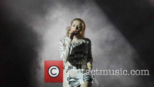 Icona Pop and Caroline Hjelt 9