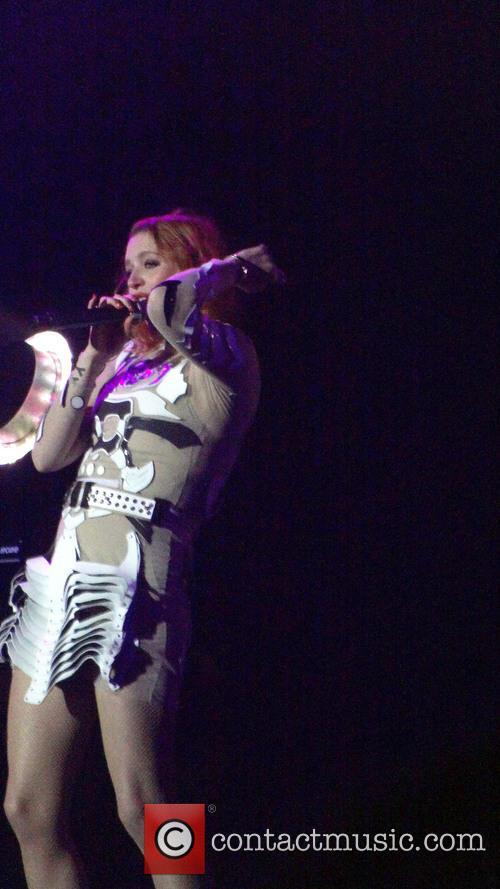 Icona Pop and Caroline Hjelt 7