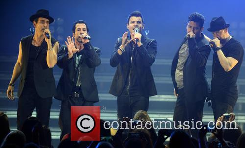 New Kids On The Block, Joey Mcintyre, Danny Wood, Jordan Knight, Jonathan Knight and Donnie Wahlberg 2