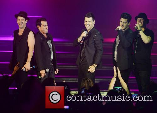 New Kids On The Block, Joey Mcintyre, Danny Wood, Jordan Knight, Jonathan Knight and Donnie Wahlberg 5