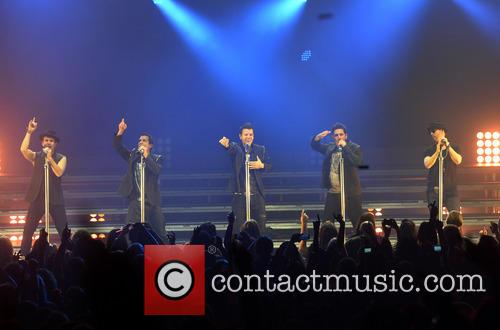 New Kids On The Block, Joey Mcintyre, Danny Wood, Jordan Knight, Jonathan Knight and Donnie Wahlberg 1