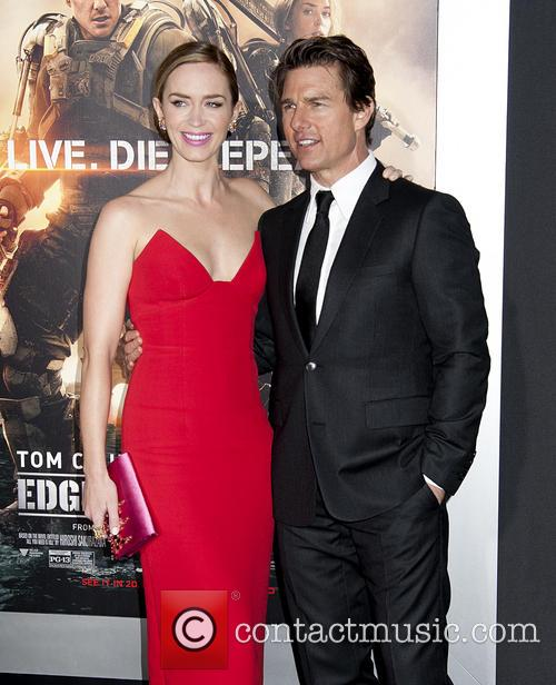 Emily Blunt and Tom Cruise 7