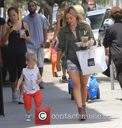 Hilary Duff and Luca Cruz Comrie 7