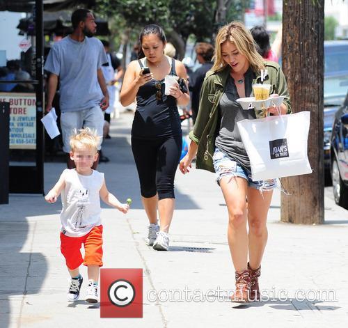 Hilary Duff and Luca Cruz Comrie 9