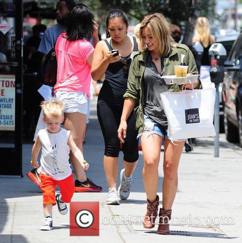 Hilary Duff and Luca Cruz Comrie 10