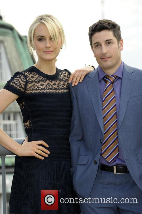 Taylor Schilling and Jason Biggs 8
