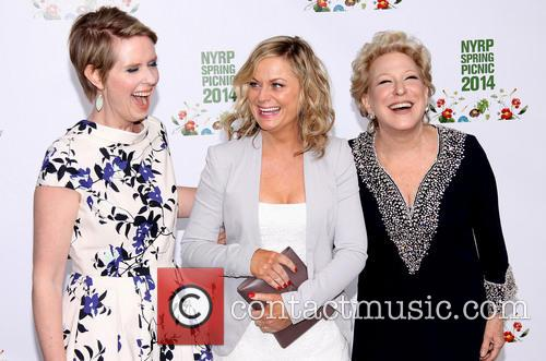 Cynthia Nixon, Amy Poehler and Bette Midler 1