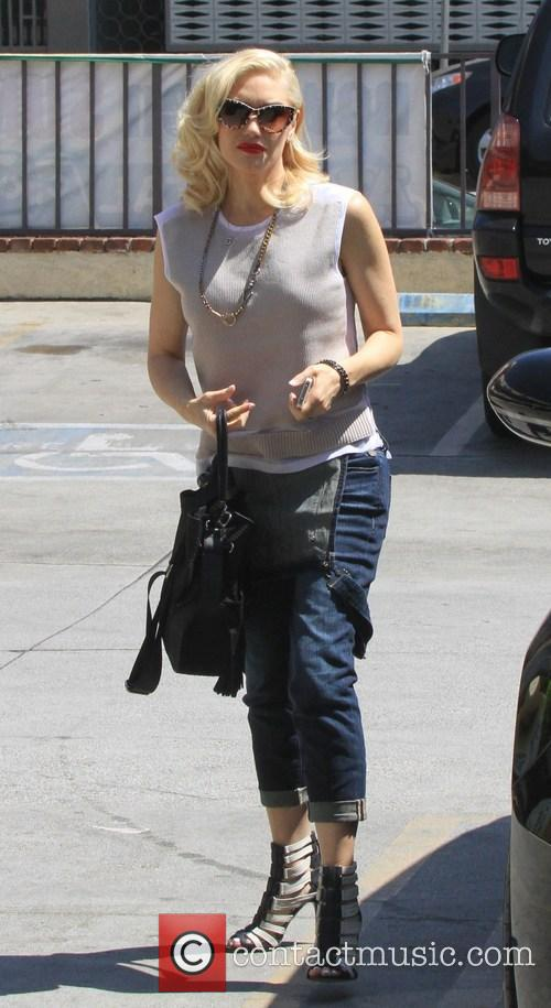 Gwen Stefani arrives for an acupuncture appointment