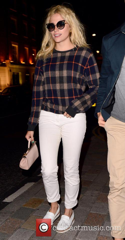 Pixie Lott and Oliver Cheshire out in West...