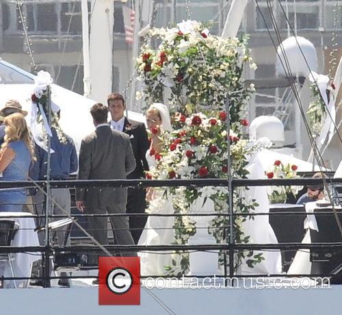 Sienna Miller and Bradley Cooper 7