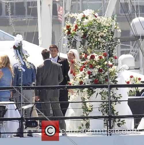 Sienna Miller and Bradley Cooper 14