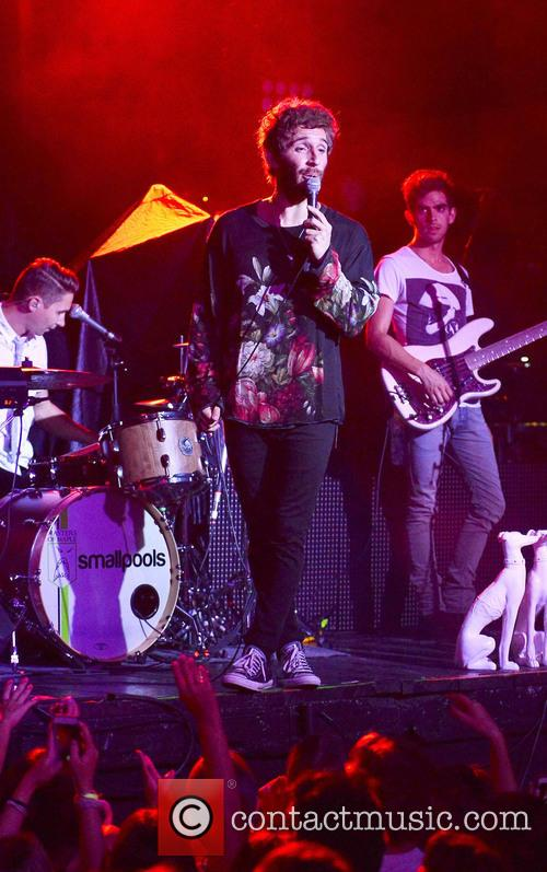 Smallpools performs at Revolution Live