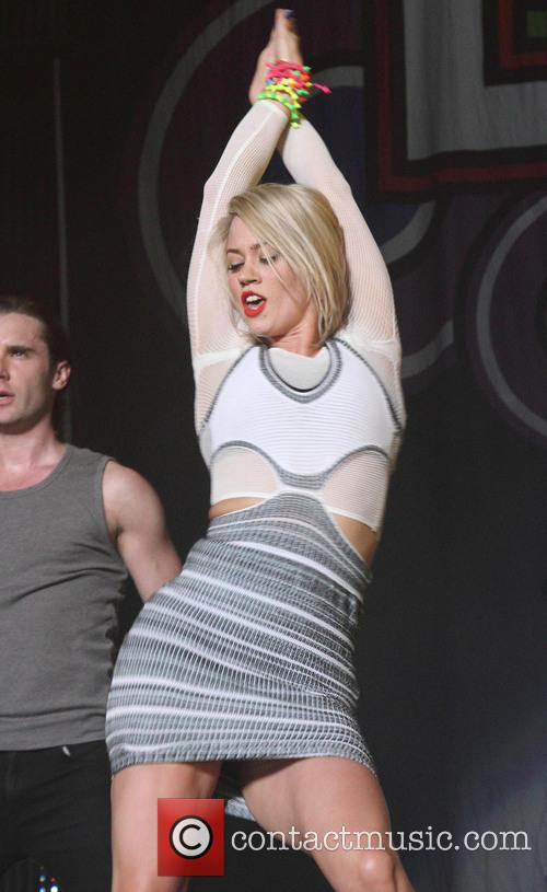 Kimberly Wyatt 4