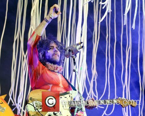 Wayne Coyne and The Flaming Lips 3