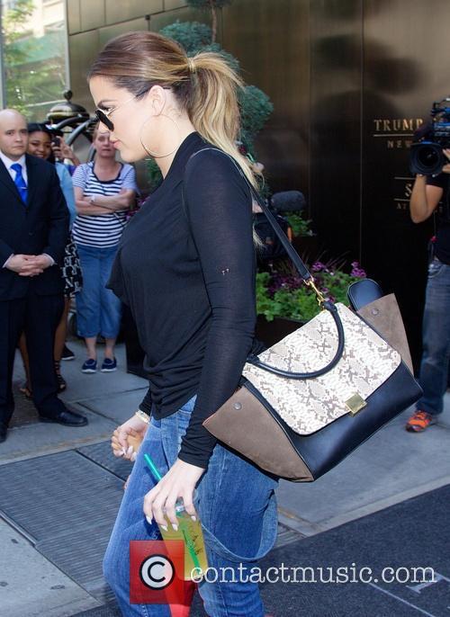 Khloe Kardashian 2
