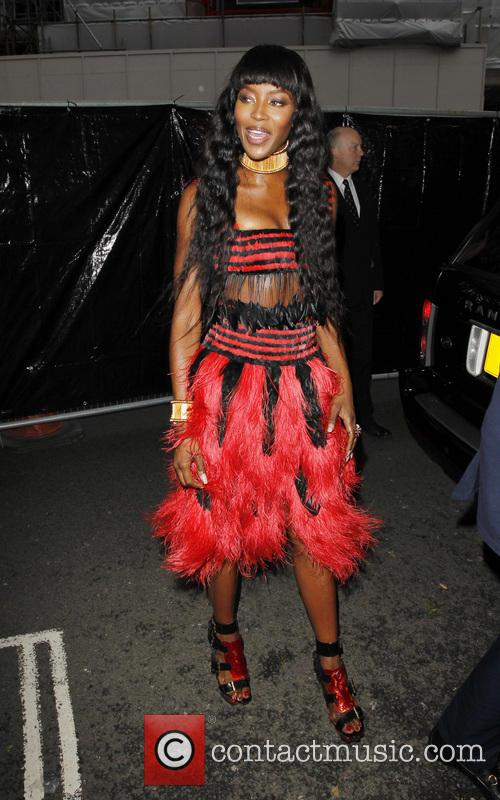 naomi campbell glamour women of the year 4228381
