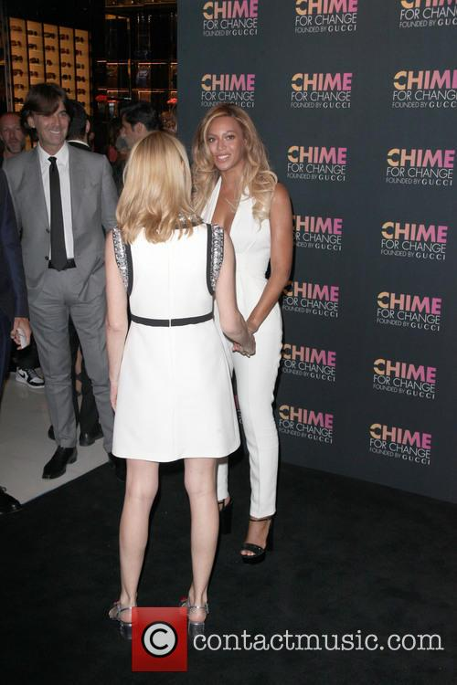 Beyonce and Frida Giannini 5