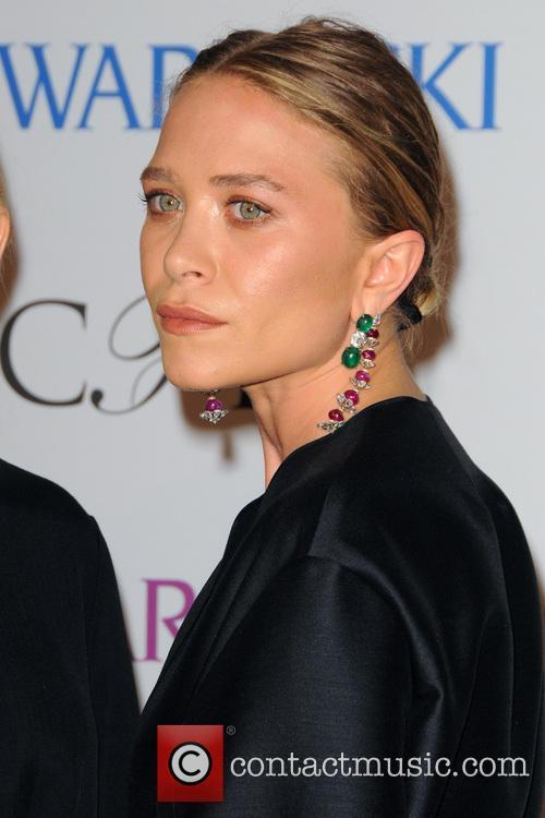 Ashley Olsen and Mary-kate Olsen 6