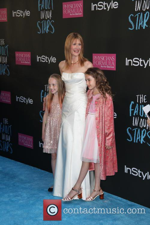 Laura Dern and Her Two Girls 3