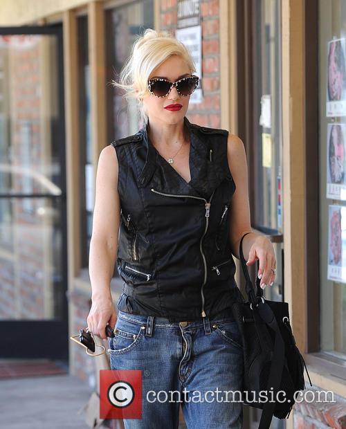 Gwen Stefani 27