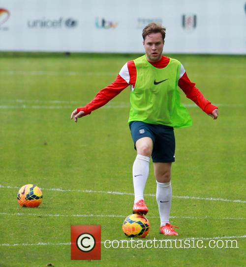 olly murs soccer aid training session 4229451