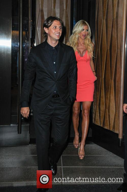 Johnathan Cheban and Victoria Silvstedt 5