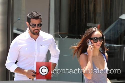 Jesse Metcalfe and  Cara Santana shopping on...