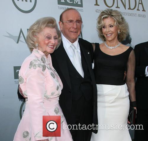 Barbara Davis, Clive Davis and Jane Fonda 11