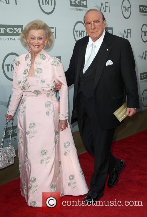 Barbara Davis and Clive Davis 6