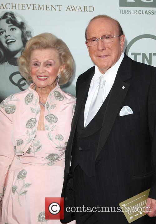 Barbara Davis and Clive Davis 8
