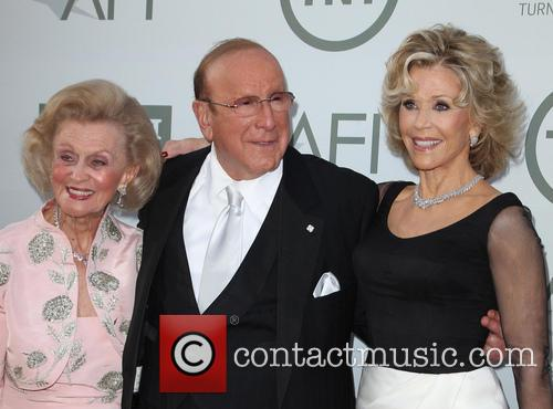 Barbara Davis, Clive Davis and Jane Fonda 3