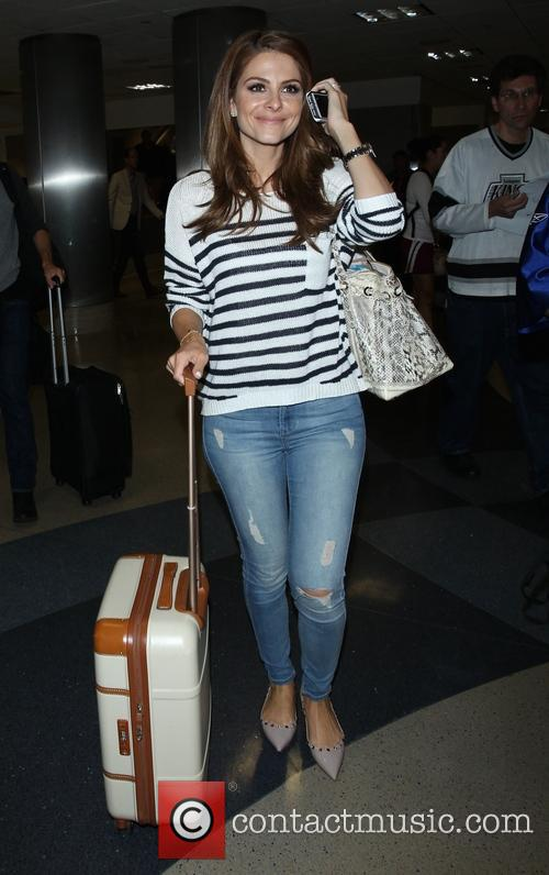 Maria Menounos arrives at Los Angeles International (LAX) airport